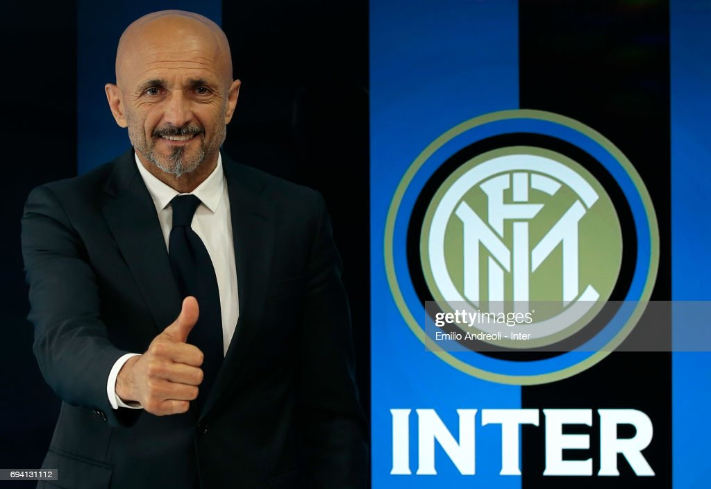 FC Internazionale Milano new coach Luciano Spalletti poses for a photo after signing his contract at the Suning Training Center in memory of Angelo Moratti on June 9, 2017 in Como, Italy.