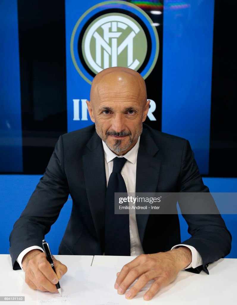 FC Internazionale Milano new coach Luciano Spalletti signing his contract at the Suning Training Center in memory of Angelo Moratti on June 9, 2017 in Como, Italy.