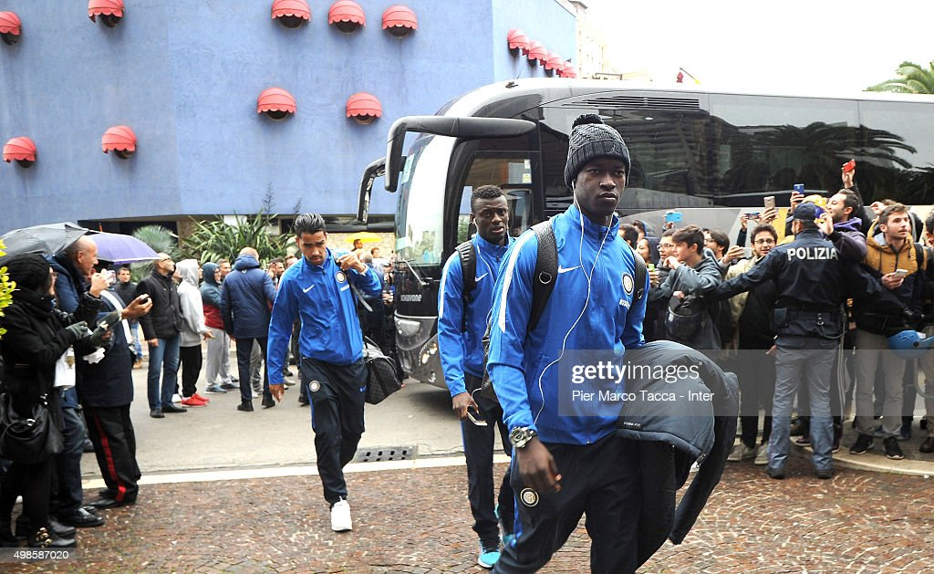 FC Internazionale team players arrive at the Nicolaus Hotel of Bari for the friendly tournament between FC Internazionale, AC Milan and AS Bari on November 24, 2015 in Bari, Italy.