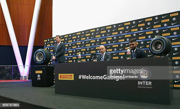Internazionale Unveils new signing Gabriel Barbosa Robert Faulkner and Piero Ausilio during a press conference on September 22 2016 in Milan Italy