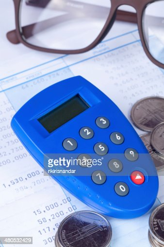 Internet Banking secure pin generator with coins : Stockfoto