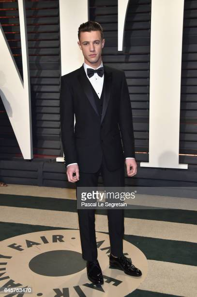 Internet personality Cameron Dallas attends the 2017 Vanity Fair Oscar Party hosted by Graydon Carter at Wallis Annenberg Center for the Performing...
