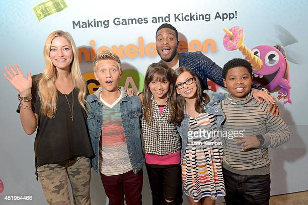 """Internet personality iJustine with the cast of Nickelodeon's Game Shakers Thomas Kuc Cree Cicchino Kel Mitchell Madisyn Shipman and Benjamin """"Lil..."""