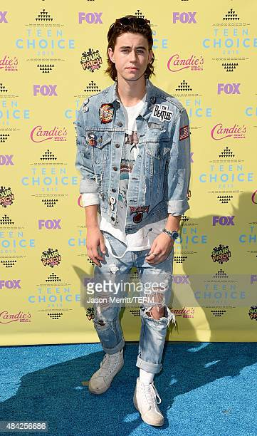 Internet personality Nash Grier attends the Teen Choice Awards 2015 at the USC Galen Center on August 16 2015 in Los Angeles California