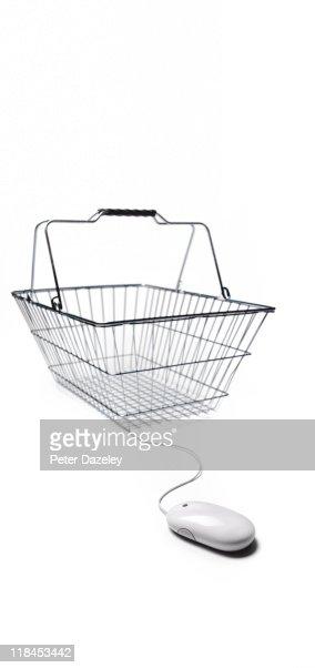 Internet shopping basket : Bildbanksbilder