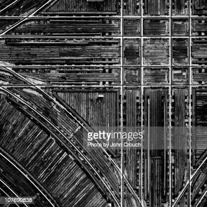Intersecting train tracks form grid