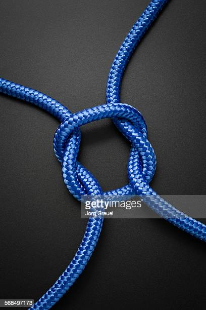 Intertwined ropes