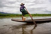 Intha leg rowing fisherman