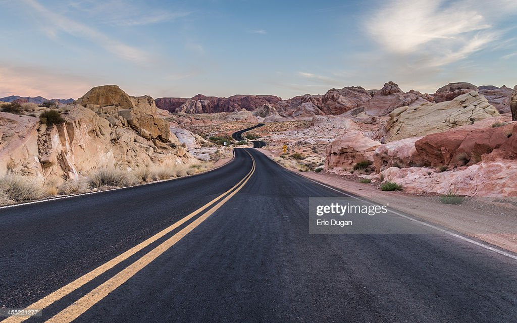 Into the Valley of FIre : Stock Photo