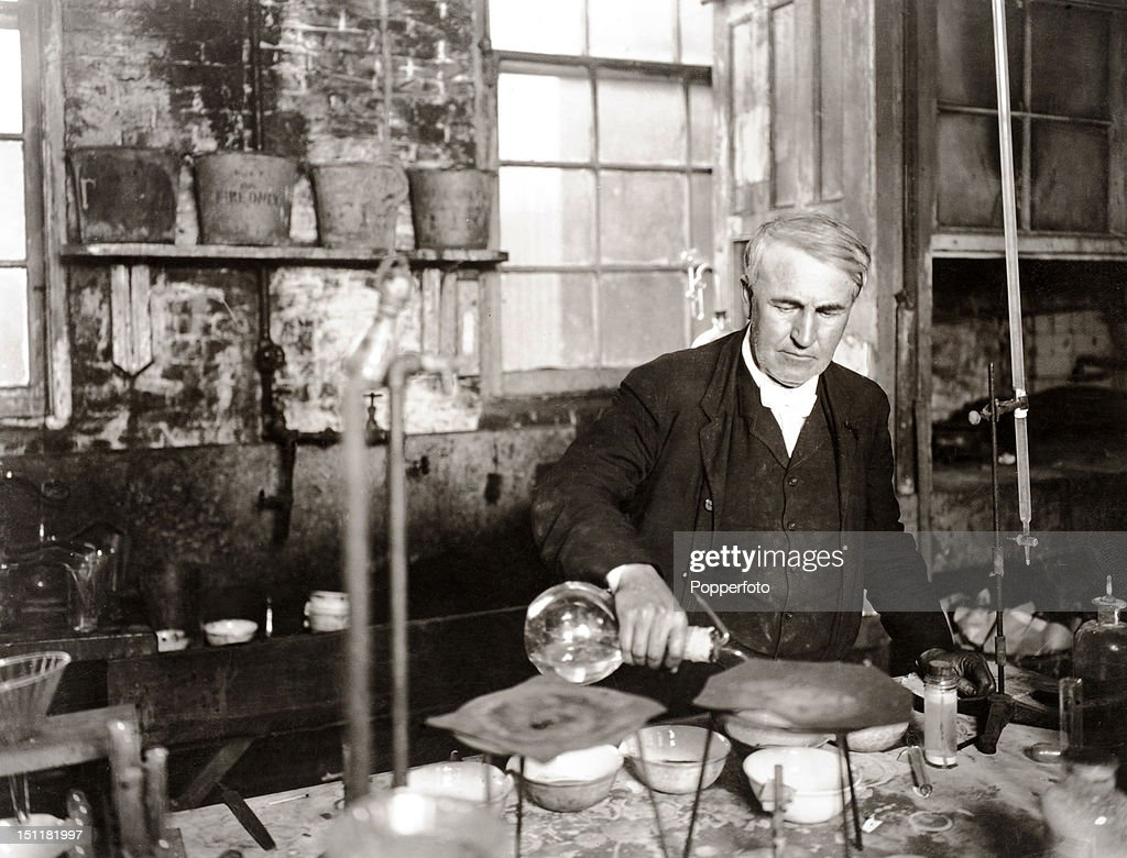 the inventions of thomas edison Thomas alva edison held 1,093 patents for different inventions many of them, like the lightbulb, the phonograph, and the motion picture camera, were brilliant.