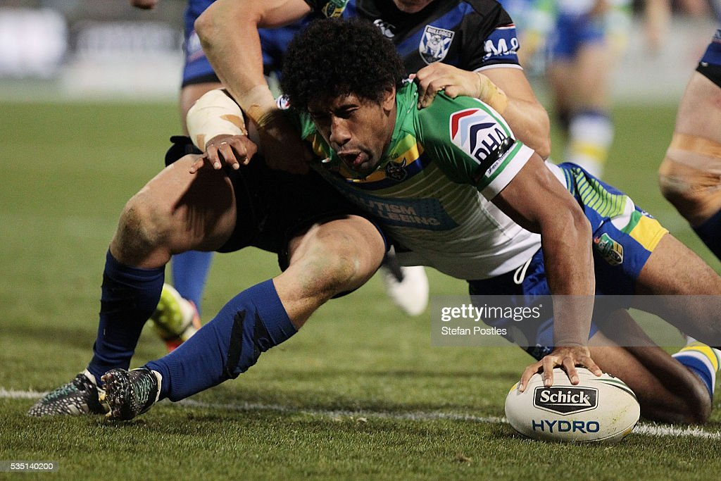 Iosia Soliola of the Raiders scores a try during the round 12 NRL match between the Canberra Raiders and the Canterbury Bulldogs at GIO Stadium on May 29, 2016 in Canberra, Australia.