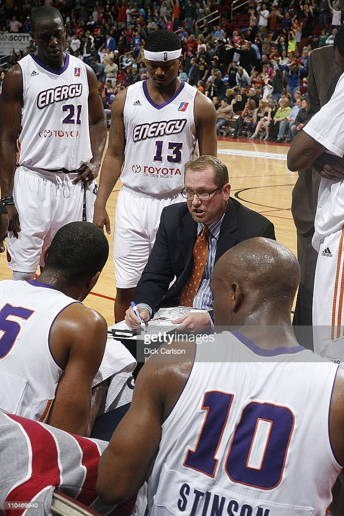 Iowa Energy head coach Nick Nurse talks to players during a timeout in their game against the Sioux Falls Skyforce March 18, 2011 at the Wells Fargo Arena in DesMoines, Iowa.