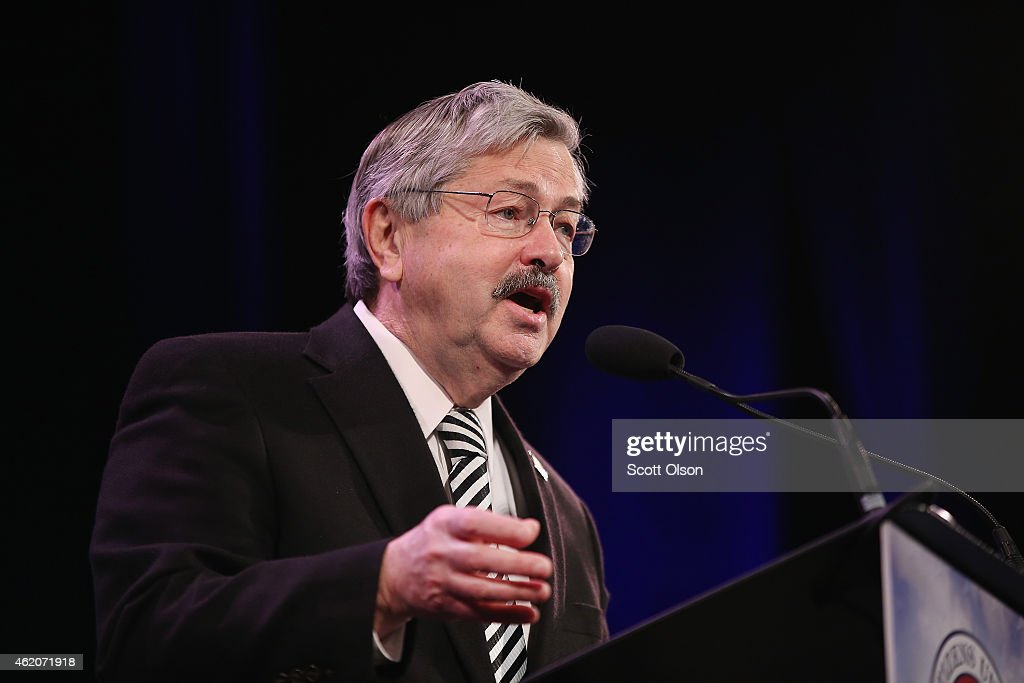 Iowa Governor <a gi-track='captionPersonalityLinkClicked' href=/galleries/search?phrase=Terry+Branstad&family=editorial&specificpeople=985886 ng-click='$event.stopPropagation()'>Terry Branstad</a> speaks to guests at the Iowa Freedom Summit on January 24, 2015 in Des Moines, Iowa. The summit is hosting a group of potential 2016 Republican presidential candidates to discuss core conservative principles ahead of the January 2016 Iowa Caucuses.