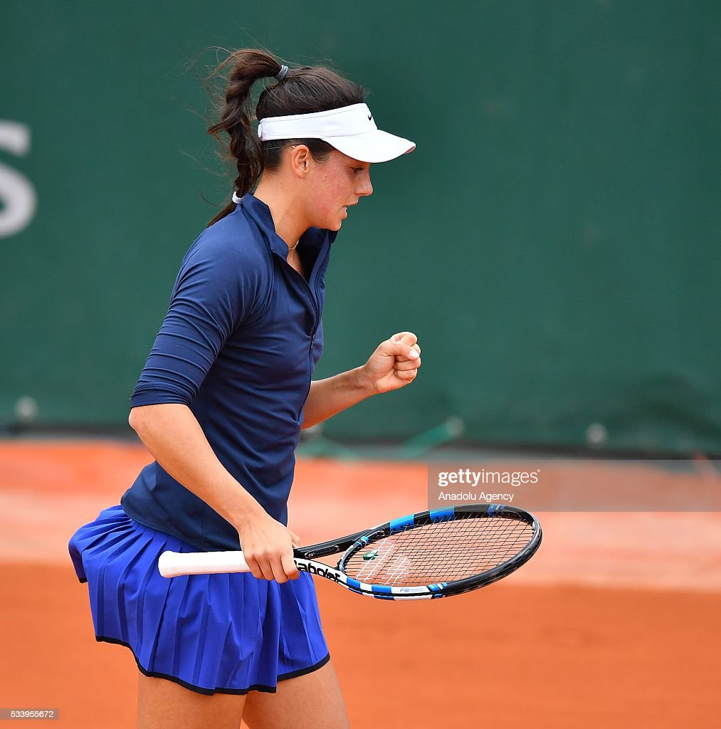 Ipek Soylu (C) of Turkey reacts during women's single first round match against Virginie Razzano of France at the French Open tennis tournament at Roland Garros in Paris, France on May 24, 2016.