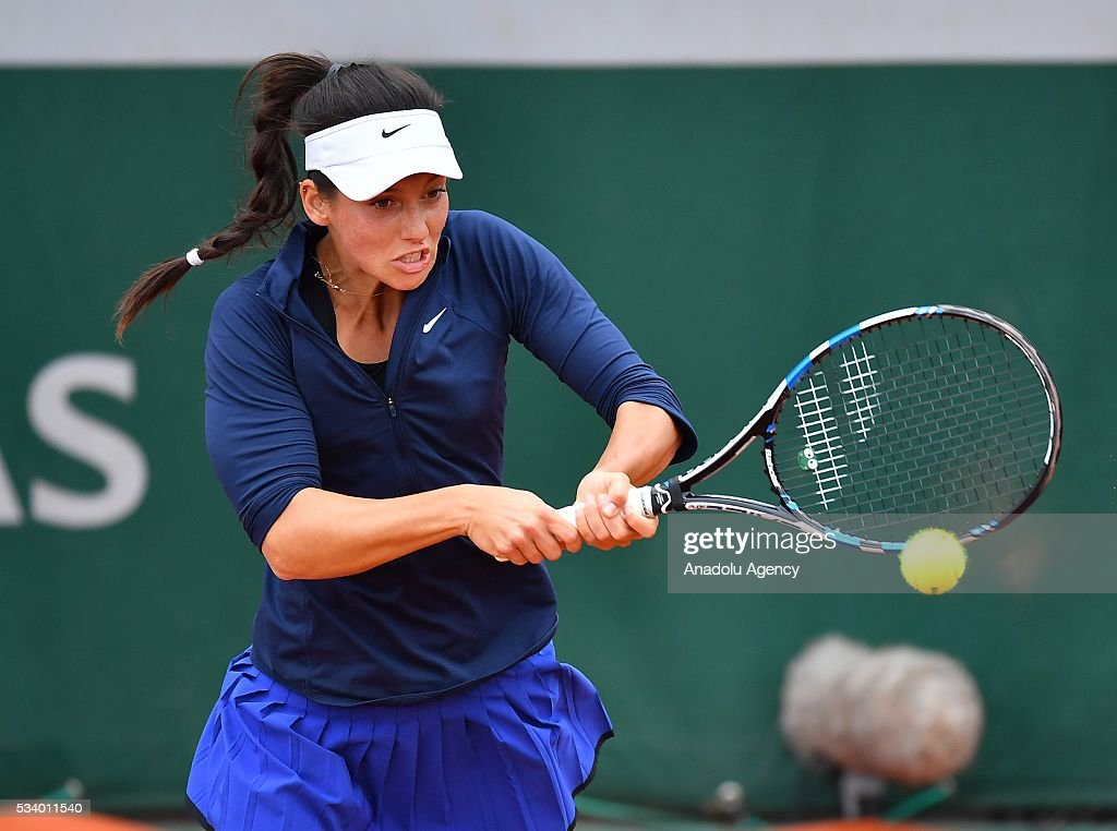 Ipek Soylu (C) of Turkey returns the ball during women's single first round match against Virginie Razzano of France at the French Open tennis tournament at Roland Garros in Paris, France on May 24, 2016.