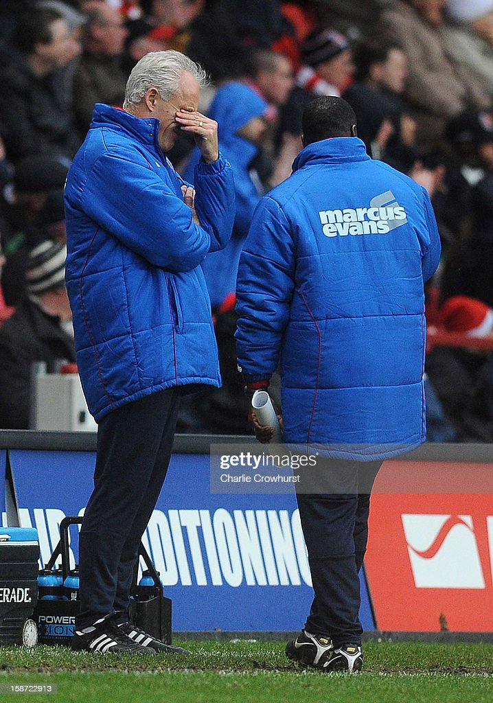 Ipswich manager <a gi-track='captionPersonalityLinkClicked' href=/galleries/search?phrase=Mick+McCarthy&family=editorial&specificpeople=226594 ng-click='$event.stopPropagation()'>Mick McCarthy</a> holds his head in his hands after his team give away a penalty during the npower Championship match between Charlton Athletic and Ipswich Town at The Valley on December 26, 2012 in London, England.