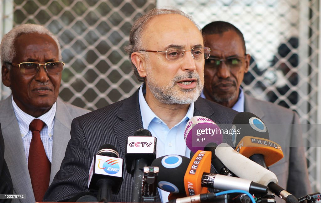 Iranian Foreign Minister Ali Akbar Salehi (C) addresses the media during a press conference at the presidential palace in Mogadishu, Somalia, on November 14, 2012. Top government officials from Iran and Turkey arrived in Mogadishu on a one-day visit in a bid to bolster diplomatic and economic ties with Somalia as it emerges from decades of civil strife. AFP/Mohamed Abdiwahab