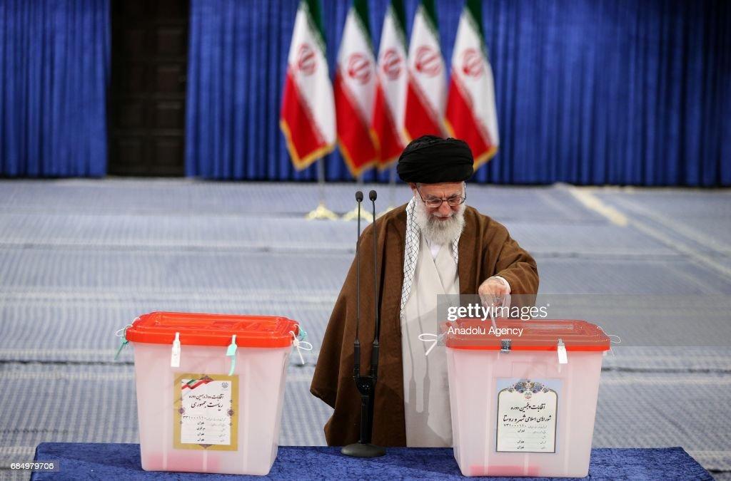 Iran's Supreme Leader Ayatollah Ali Khamanei casts his ballot during Iran's 12th presidential election, in Tehran, Iran on May 19, 2017.