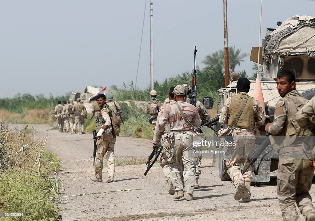 Iraq security forces block the road between Felluce and Garma towns as they carry operations to rescue Felluce town from Daesh terrorists in Anbar, Iraq on May 25, 2016.
