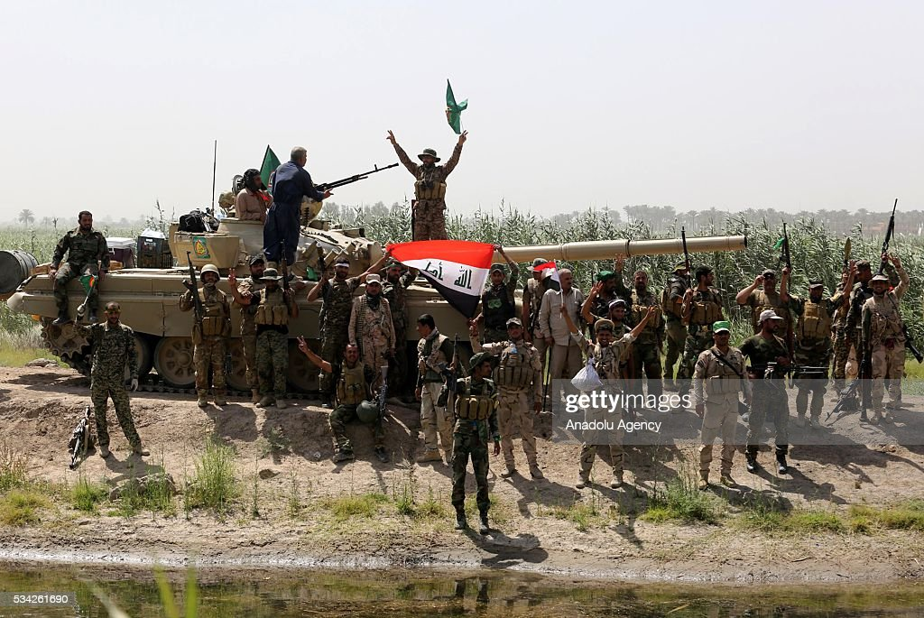 Iraq security forces block the road between Felluce and Garma towns with a tank as they carry operations to rescue Felluce town from Daesh terrorists in Anbar, Iraq on May 25, 2016.