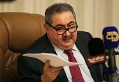 Iraqi Finance Minister Hoshyar Zebari speaks during a press conference in Baghdad on January 21 2016 / AFP / AHMAD ALRUBAYE