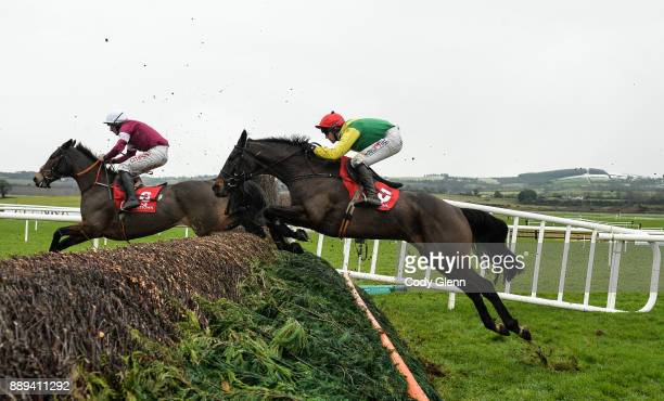 NAAS Ireland 10 December 2017 Sizing John with Robbie Power up following Sub Lieutenant with Davy Russell up during the John Durkan Memorial...