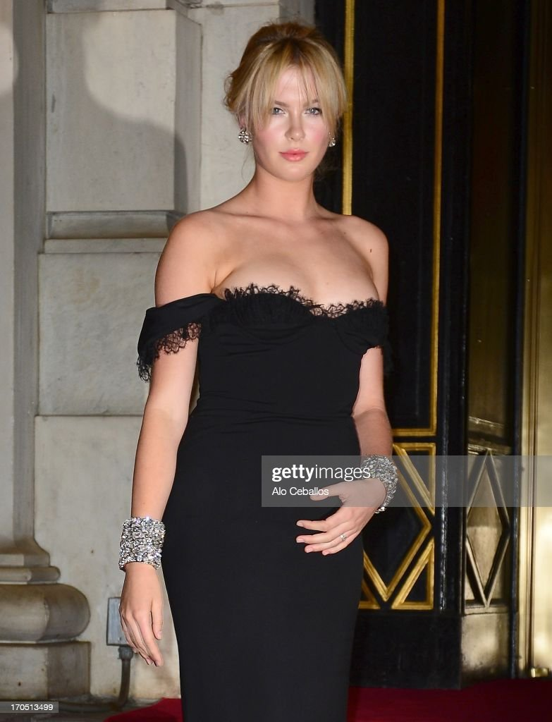 Ireland Baldwin arrives the 4th Annual amfAR Inspiration Gala New York at The Plaza Hotel on June 13, 2013 in New York City.