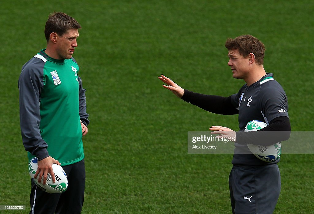 Ireland captain <a gi-track='captionPersonalityLinkClicked' href=/galleries/search?phrase=Brian+O%27Driscoll&family=editorial&specificpeople=194745 ng-click='$event.stopPropagation()'>Brian O'Driscoll</a> (R) speaks with flyhalf <a gi-track='captionPersonalityLinkClicked' href=/galleries/search?phrase=Ronan+O%27Gara&family=editorial&specificpeople=206865 ng-click='$event.stopPropagation()'>Ronan O'Gara</a> (C) during an Ireland IRB Rugby World Cup 2011 captain's run at Wellington Regional Stadium on October 7, 2011 in Wellington, New Zealand.