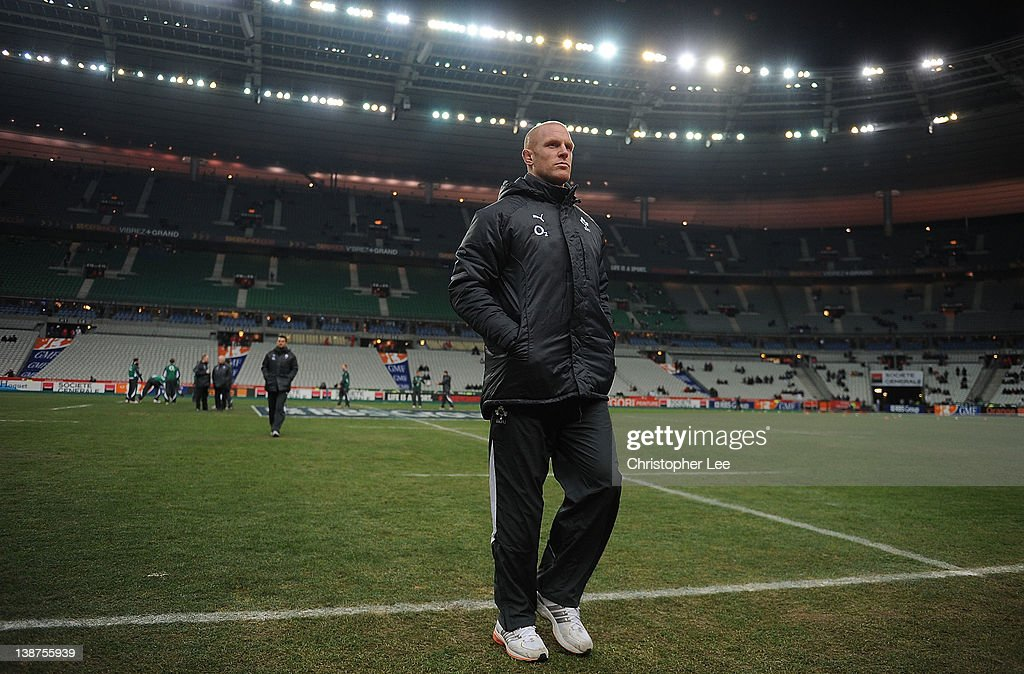 Ireland Captain Paul O'Connell leaves the field after he inspects the pitch as they arrive before kick off during the RBS 6 Nations match between France and Ireland at Stade de France on February 11, 2012 in Paris, France.