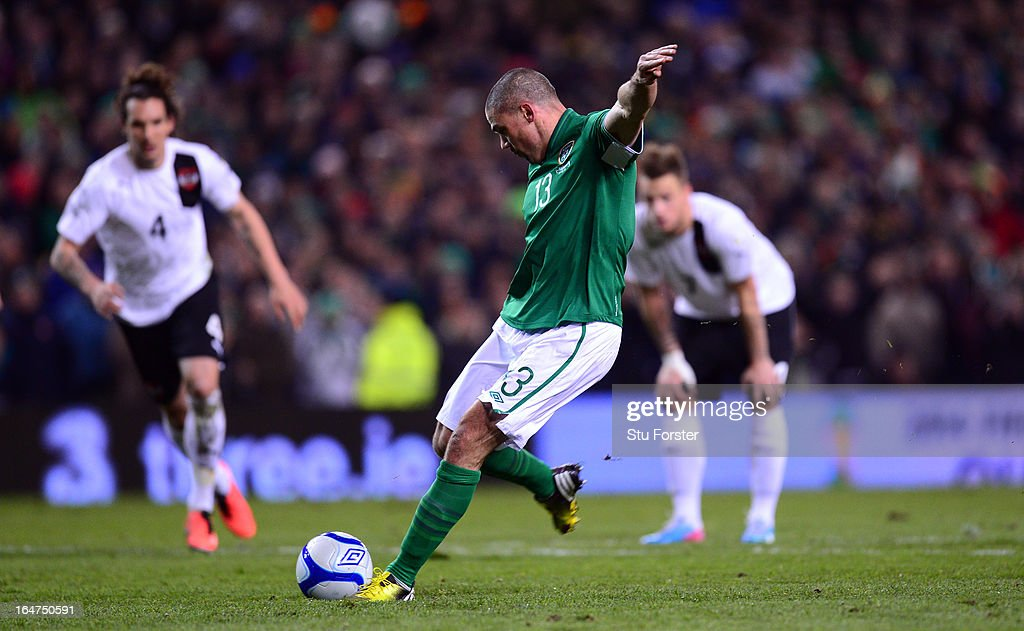 Ireland player <a gi-track='captionPersonalityLinkClicked' href=/galleries/search?phrase=Jonathan+Walters&family=editorial&specificpeople=3389578 ng-click='$event.stopPropagation()'>Jonathan Walters</a> scores his first goal from the penalty spot during the FIFA 2014 World Cup Group C Qualifiying match between Republic of Ireland and Austria at Aviva Stadium on March 26, 2013 in Dublin, Ireland.