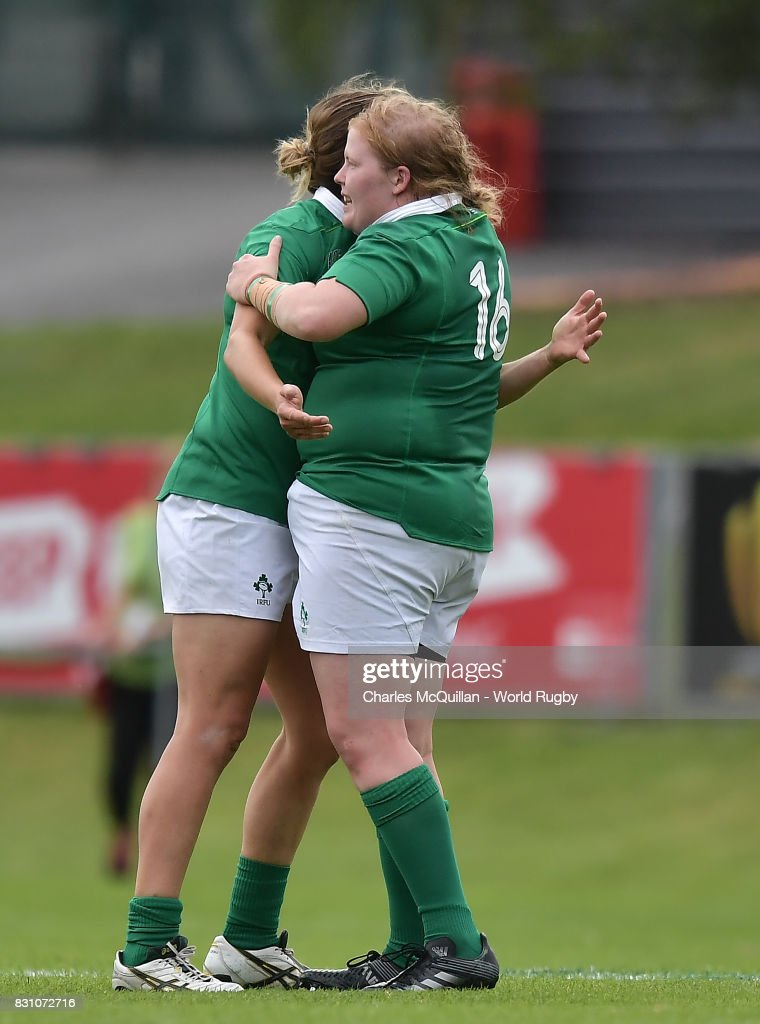 Ireland players celebrate following the Women's Rugby World Cup 2017 match between Ireland and Japan on August 13, 2017 in Dublin, Ireland.