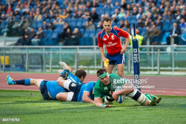 Ireland's CJ Stander scores his sides second try during the RBS Six Nations Championship match between Italy and Ireland at Stadio Olimpico on...