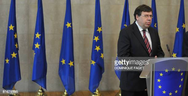 Ireland's Prime Minister Brian Cowen givse a press conference after a meeting with European Commission President Jose Manuel Barroso ahead of a...