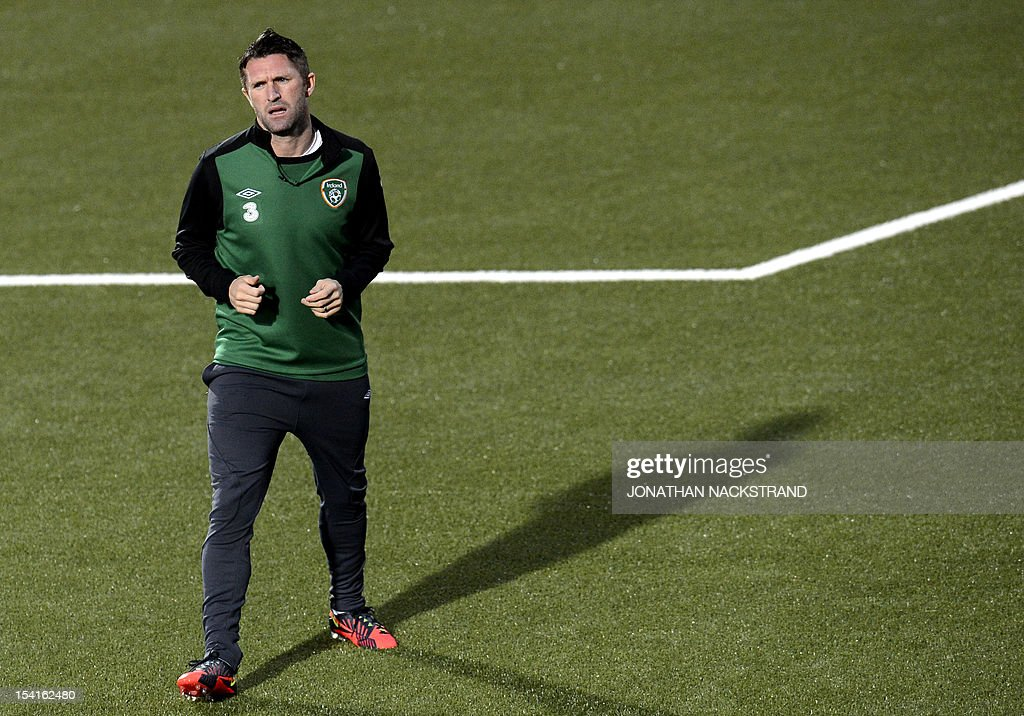 Ireland's team captain Robbie Keane takes part in a training session on October 15, 2012, one day before the FIFA 2014 World Cup group C qualifying football match Faroe Islands vs Ireland at the Torsvollur stadium in Torshavn. AFP PHOTO / JONATHAN NACKSTRAND