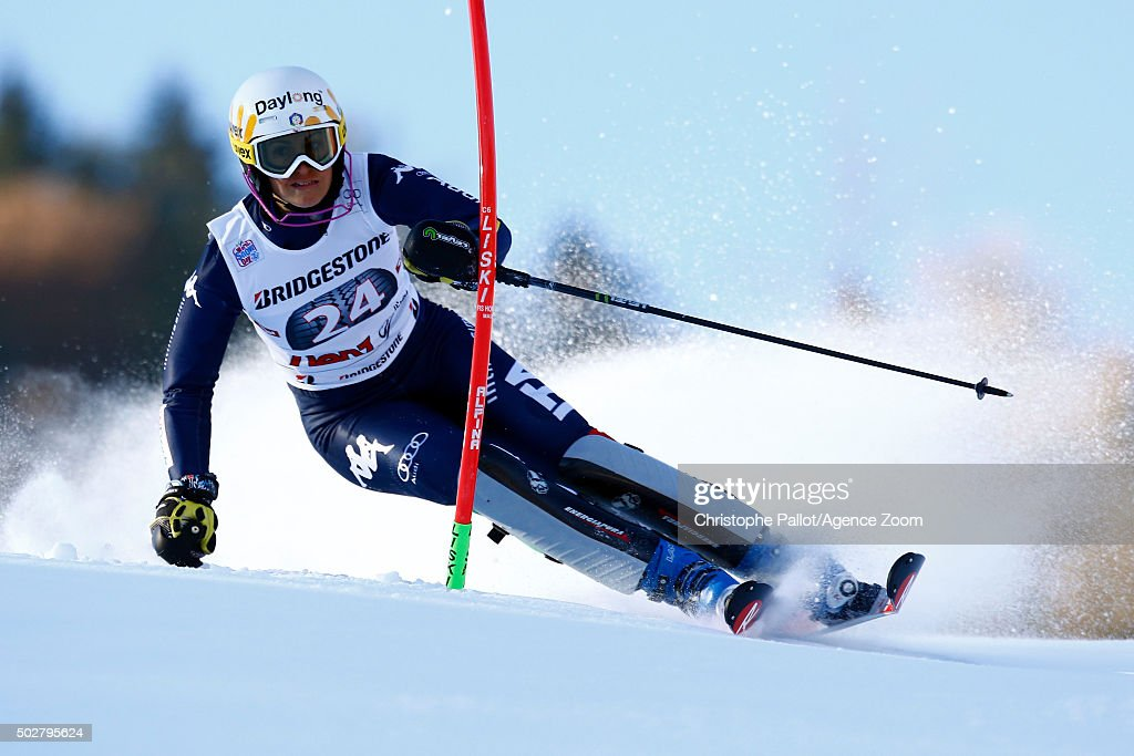 <a gi-track='captionPersonalityLinkClicked' href=/galleries/search?phrase=Irene+Curtoni&family=editorial&specificpeople=5589660 ng-click='$event.stopPropagation()'>Irene Curtoni</a> of Italy competes during the Audi FIS Alpine Ski World Cup Women's Slalom on December 29, 2015 in Lienz, Austria.