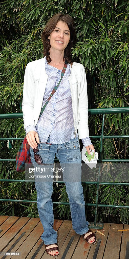 Irene Jacob attend The French Open 2008 at Roland Garros on June 04, 2008 Paris, France