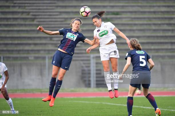 Irene Paredes of PSG and Clara Mateo of Juvisy during the Women's French Cup match between Juvisy and Paris Saint Germain on March 12 2017 in...