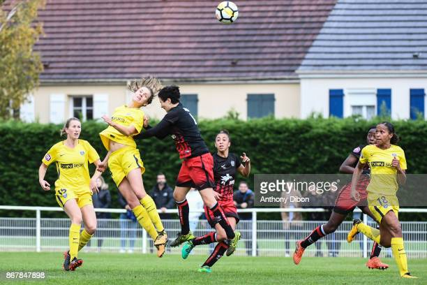 Irene Paredes of PSG and Leonie Multari of Fleury during the women's Division 1 match between Fleury and Paris Saint Germain on October 29 2017 in...