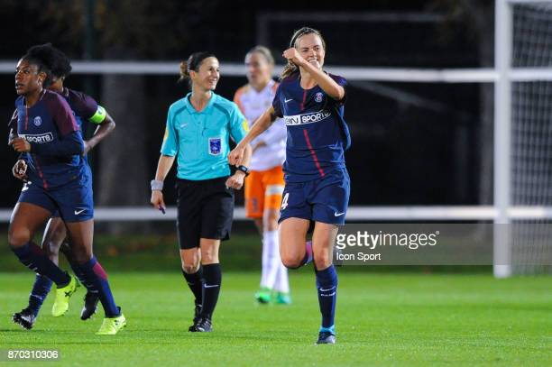 Irene Paredes of PSG celebrates her goal during the French Women's Division 1 match between Paris Saint Germain and Montpellier on November 4 2017 in...