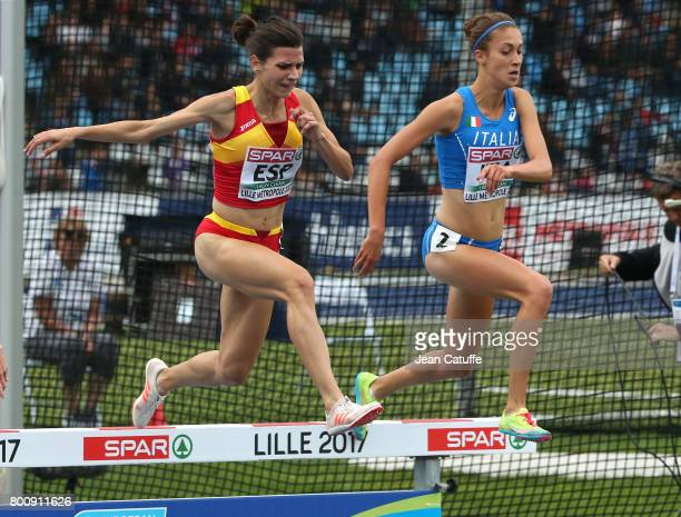 Irene Sanchez of Spain Francesca Bertoni of Italy during the 3000m Steeplechase on day 2 of the 2017 European Athletics Team Championships at Stadium...