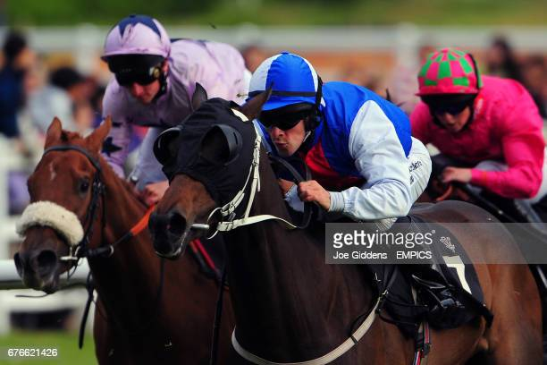 Irie Ute ridden by Richard Rowe in action during the Edenbridge Maiden Auction Stakes