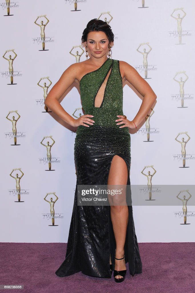 http://media.gettyimages.com/photos/irina-baeva-attends-premios-tv-y-novelas-2017-at-televisa-san-angel-picture-id658238356