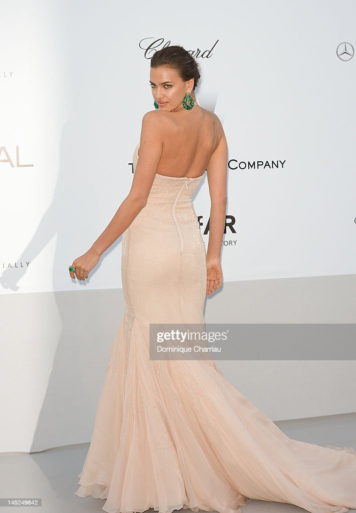 Irina Shayk arrives at the 2012 amfAR's Cinema Against AIDS during the 65th Annual Cannes Film Festival at Hotel Du Cap on May 24, 2012 in Cap D'Antibes, France.
