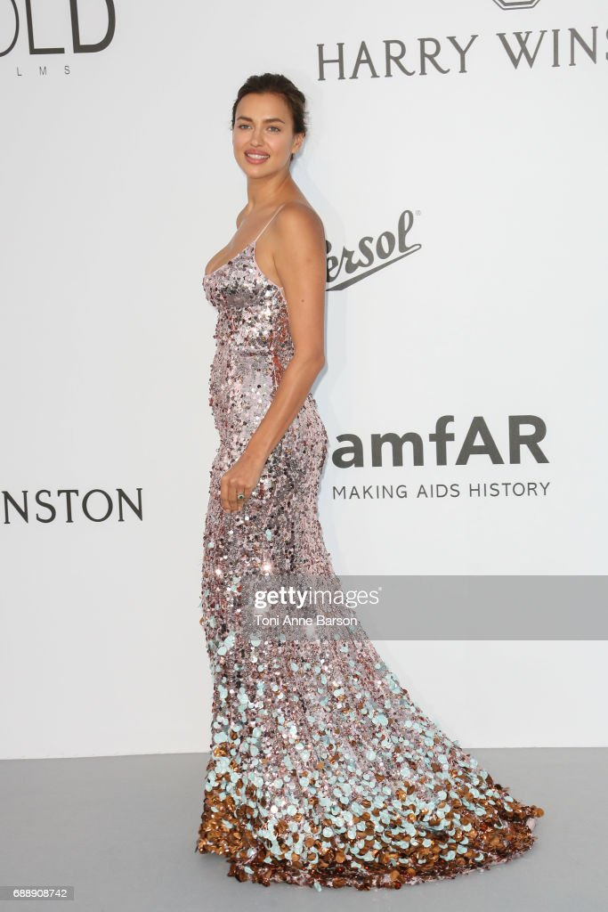 Irina Shayk arrives at the amfAR Gala Cannes 2017 at Hotel du Cap-Eden-Roc on May 25, 2017 in Cap d'Antibes, France.