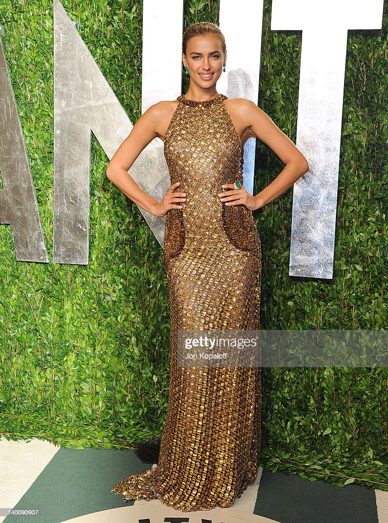 Irina Shayk attends the 2012 Vanity Fair Oscar Party at Sunset Tower on February 26, 2012 in West Hollywood, California.