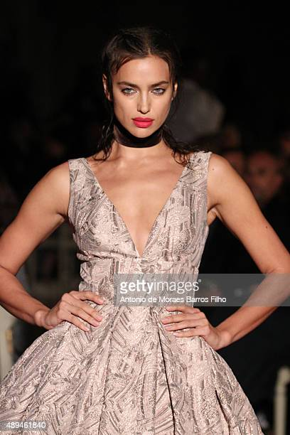 Irina Shayk walks the runway at the GILES show during London Fashion Week Spring/Summer 2016/17 on September 21 2015 in London England