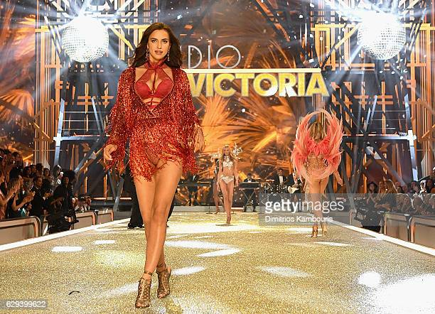 Irina Shayk walks the runway during the 2016 Victoria's Secret Fashion Show on November 30 2016 in Paris France
