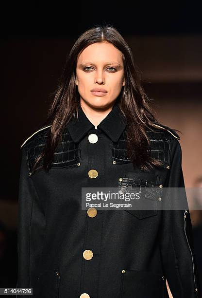 Irina Shayk walks the runway during the Givenchy show as part of the Paris Fashion Week Womenswear Fall/Winter 2016/2017 on March 6 2016 in Paris...