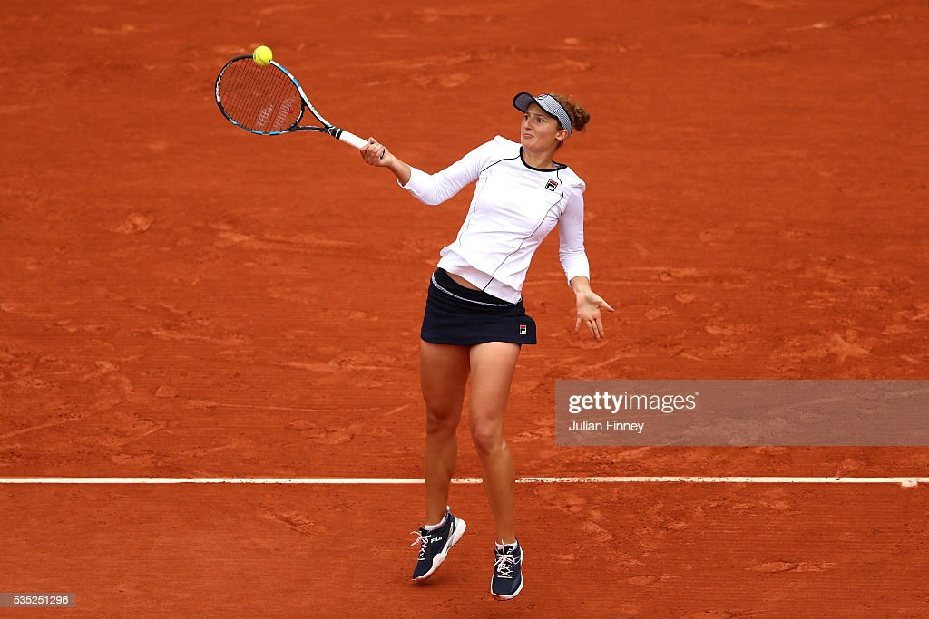 <a gi-track='captionPersonalityLinkClicked' href=/galleries/search?phrase=Irina-Camelia+Begu&family=editorial&specificpeople=7801530 ng-click='$event.stopPropagation()'>Irina-Camelia Begu</a> of Romania hits a forehand during the Ladies Singles fourth round match against Shelby Rogers of the United States on day eight of the 2016 French Open at Roland Garros on May 29, 2016 in Paris, France.