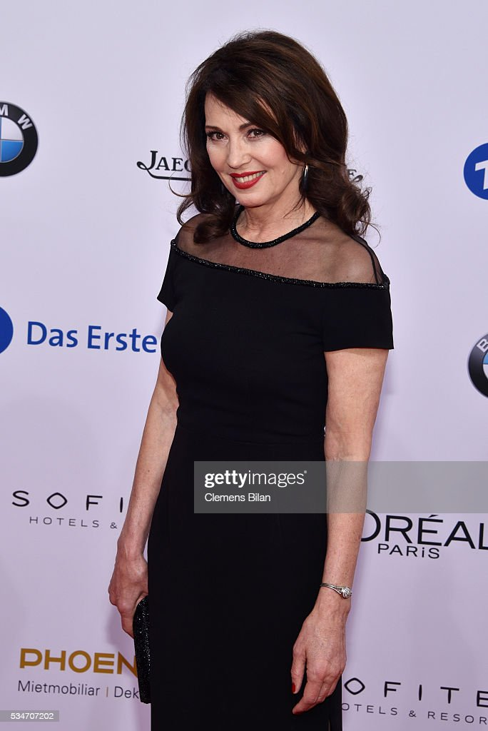 <a gi-track='captionPersonalityLinkClicked' href=/galleries/search?phrase=Iris+Berben&family=editorial&specificpeople=226774 ng-click='$event.stopPropagation()'>Iris Berben</a> attends the Lola - German Film Award (Deutscher Filmpreis) on May 27, 2016 in Berlin, Germany.